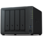 Synology QC1, 4GhzCPU / 2GB / RAID0, 1, 10, 5, 6 / up to 4HDDs SATA (3, 5' or 2, 5') / 2xUSB3.0 / 2GigEth / iSCSI / 2xIPcam (up to 30) / 1xPS / 2YW repl DS416